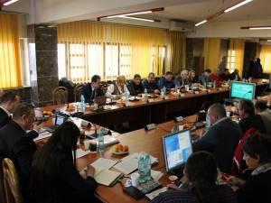 Decizia de reducere a preţului gigacaloriei a fost luată în şedinţa de joi a Consiliului Local Suceava