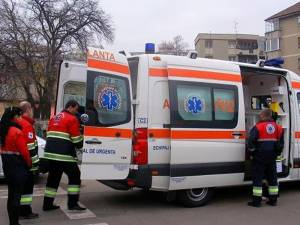 Copilul de 12 ani a fost preluat în stare gravă de un echipaj al ambulanței