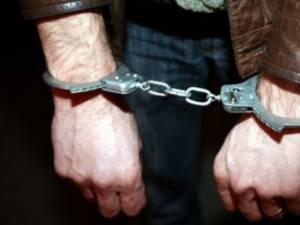 Tânărul a fost arestat pentru următoarele 30 de zile. Foto: Ziarul Clujean