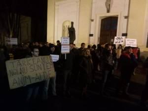 Debutul protestului de vineri
