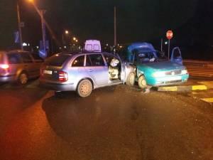 Accidentul s-a petrecut din cauză că şoferul care a virat spre Selgros nu s-a asigurat suficient