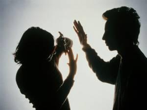 Violenţele în familie, tot mai dese