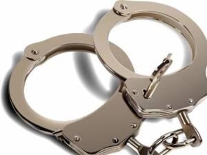 Copiii sunt trimişi la furat chiar de propriii părinţi, care îi transformă astfel în infractori. Foto: www.newsme.ro