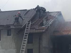 Incendiul de la Frasin de duminica la prânz a pus probleme deosebite , suprafaţa în pericol fiind foarte mare