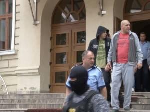 Frații Ilie și Ioan Popovici în momentul declanşării anchetei şi a luării măsurilor preventive