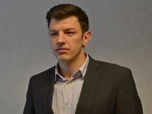 Subinspectorul Vlad Amarandei, ofiţer de poliție judiciară în cadrul Serviciului Judeţean Anticorupţie