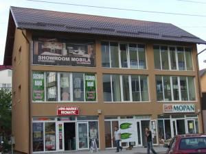 Magazinul de prezentare de pe strada Tineretului