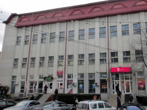 Clădirea Poştei din Rădăuţi a fost achiziţionată de omul de afaceri Arcadie Plămadă