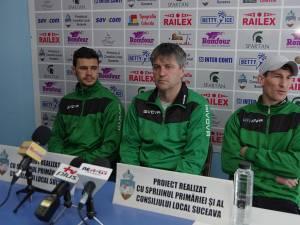 Daniel Lung, Cristi Popovici şi Daniel Bălan (de la stânga la dreapta) cred că Foresta are puterea de a se impune la Baloteşti