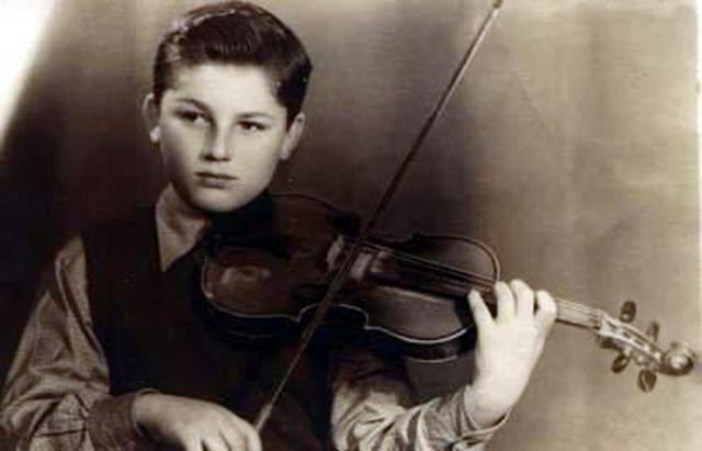 Bondy Stenzler la vârsta de şapte ani