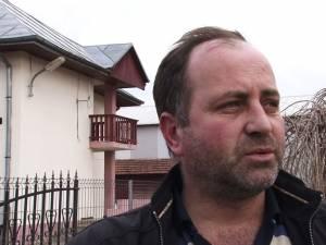 Cătălin Mandache, proprietarul casei asupra căreia şi-au revărsat mânia cei 4 indivizi violenţi
