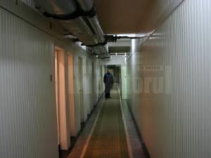 Tânărul a fost reținut pentru 24 de ore și încarcerat în arestul IPJ Suceava