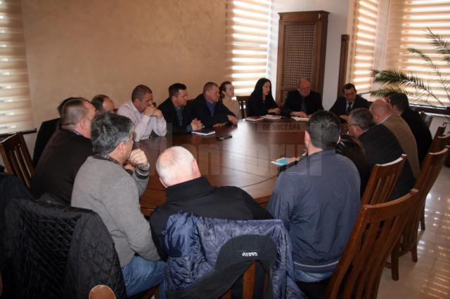 O mare parte din problemele avute cu romii din comună au fost sesizate de către consilierii locali din Șcheia