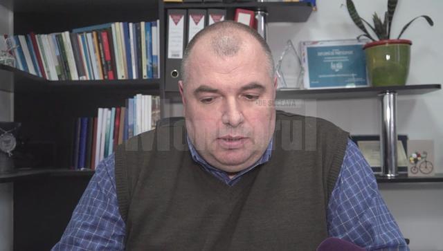 """Renato Tronciu, directorul Colegiului National """"Mihai Eminescu"""" a relatat că cei doi fraţi au avut un comportament suspect înca din luna noiembrie a anului trecut"""