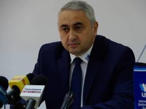 """Prof. univ. dr. ing. Valentin Popa, rectorul Universității """"Ștefan cel Mare"""" Suceava"""