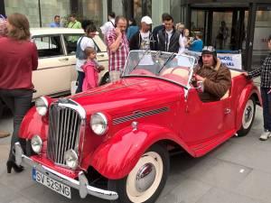Una din maşinile care cu siguranţă va atrage priviri la Retro Parada Primăverii de duminică