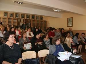 """Conferința """"Școala și familia – un parteneriat pentru educație"""" a fost găzduită de Școala Gimnazială Nr.1 Suceava"""