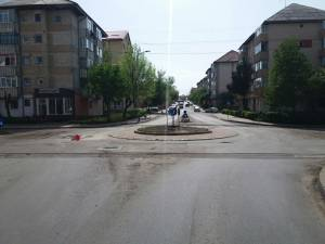 Intersecția străzilor Bistriței, Corneliu Coposu și Gavril Tudoraș va fi asfaltată astăzi