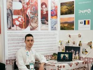 """Victor Acsani a câştigat medalia de argint la faza internaţională a concursului multimedia Infomatrix cu tema """"Triumf peste Adversitate"""""""