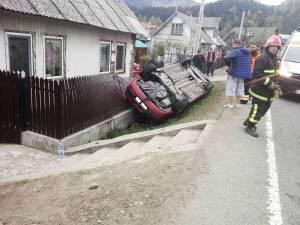 Casa peste gardul căreia s-a răsturnat maşina a mai fost afectată în urma unor accidente grave, cu tiruri care au intrat în plin în locuinţa aflată la mică apropiere de DN 17