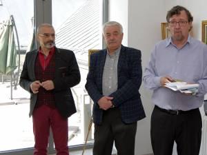 Tiberiu Cosovan, Iosif Csukat și directorul adjunct al Muzeului Bucovinei, Ion Mareş