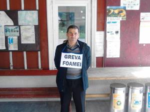Marcel Hlihor, consilier local ALDE Broșteni, în greva foamei