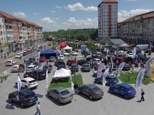 Cele mai noi modele de maşini sunt expuse în centrul Sucevei