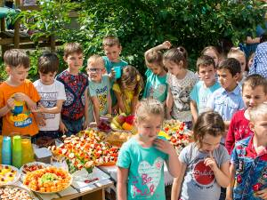 """""""Garden Party"""", la Grădinița """"Țăndărică"""" din municipiul Suceava"""