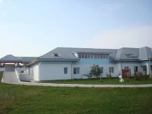 """Delegație din Belgia, invitată la Complexul de Recuperare """"Blijdorp – O Nouă Viaţă"""" pentru a marca 15 ani de la înființarea acestuia"""