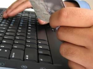 Ultimele zile au adus mai multe cazuri de înşelăciuni cu produse comandate de pe diferite site-uri