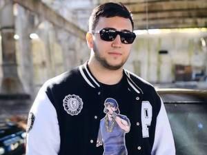 Gavril Mihai Cristian sau Giemsi, după numele de scenă, este un rapper de 21 de ani
