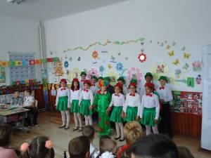 """Proiectul  """"Copilăria, zâmbet şi candoare"""", Şcoala Gimnazială Pârteştii de Sus"""