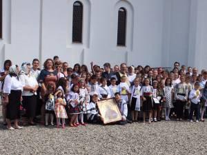 "Circa 120 de copii au participat la Tabăra de vară ""Suflet bucovinean"", ediția I, la  Vicovu de Sus"