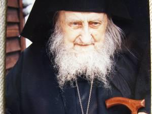"""Înaltpreasfinţitul Ierótheos Vlachos: """"Părintele Sofronie Saharov a fost marea revelaţie a vieţii mele"""""""