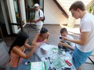 Şcolile oferă variante de petrecere a timpului liber într-un mod amuzant, instructiv și relaxant