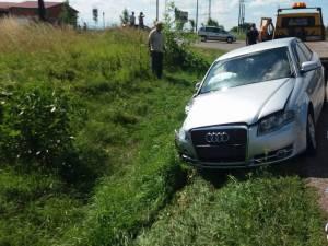 O femeie pasagera in Audi a fost ranita usor