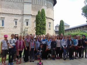 Tabără de creație pentru 38 de copii, la Mănăstirea Dragomirna