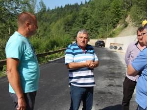 Dumitru Mihalescul a precizat că asfaltarea drumului Brodina - Ulma a fost cea mai aşteptată investiţie în această zonă a judeţului
