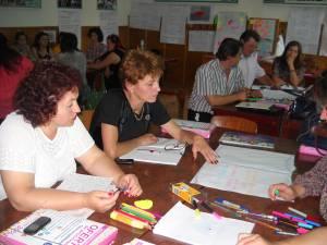 Cadrele didactice care vizează aceste funcţii şi care îndeplinesc condiţiile de înscriere trebuie să depună la sediul Inspectoratului Şcolar Suceava, până la data de 17 august