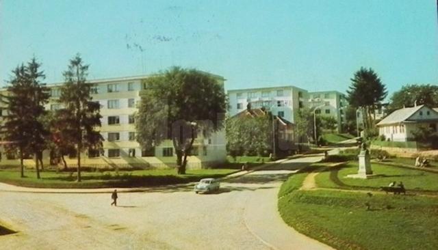Ansamblul de blocuri Mihai Viteazu Est, construit în anii 1963-1965
