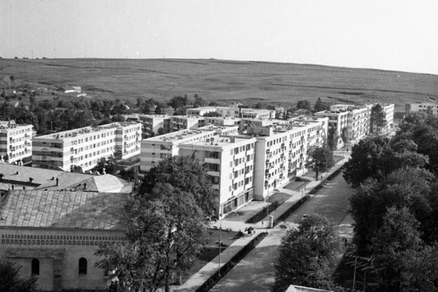 Ansamblul de blocuri Parc din zona Ana Ipătescu