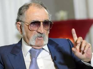 Ion Ţiriac îi ia apărarea lui Ilie Năstase în conflictul cu ITF