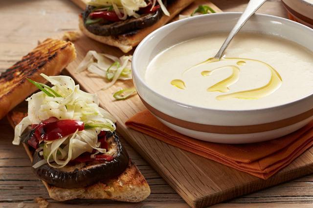 Supă rece Gazpacho (albă) Sursa foto: taste.com.au
