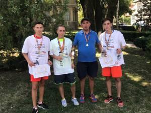 Dornenii pregătiți de antrenorul Cristian Prâsneac au câștigat două medalii de aur la naționalele de alergare montană