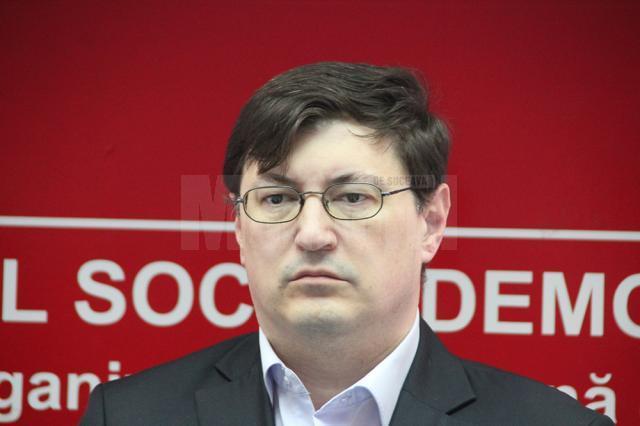 Mandatul de consilier local PSD al doctorului Tiberius Brădăţan încetează joi
