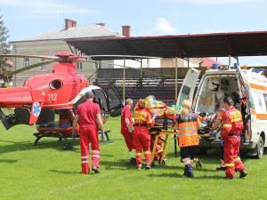 În oraşele din judeţ, elicopterele SMURD preiau pacienţii de pe stadioane