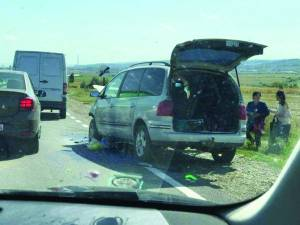Masinile implicate în accident