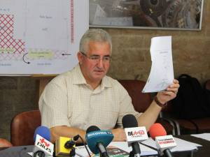 Primarul Ion Lungu, la conferinta de presa