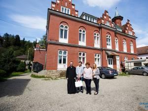 Copiii îngrijiţi la Casa Vladimir au primit o primă tranșă de rechizite, chiar înainte de începerea școlii