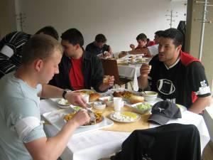 Clienții cantinei din campusul Universității din Suceava vor primi informații referitoare la numărul de calorii ale preparatelor